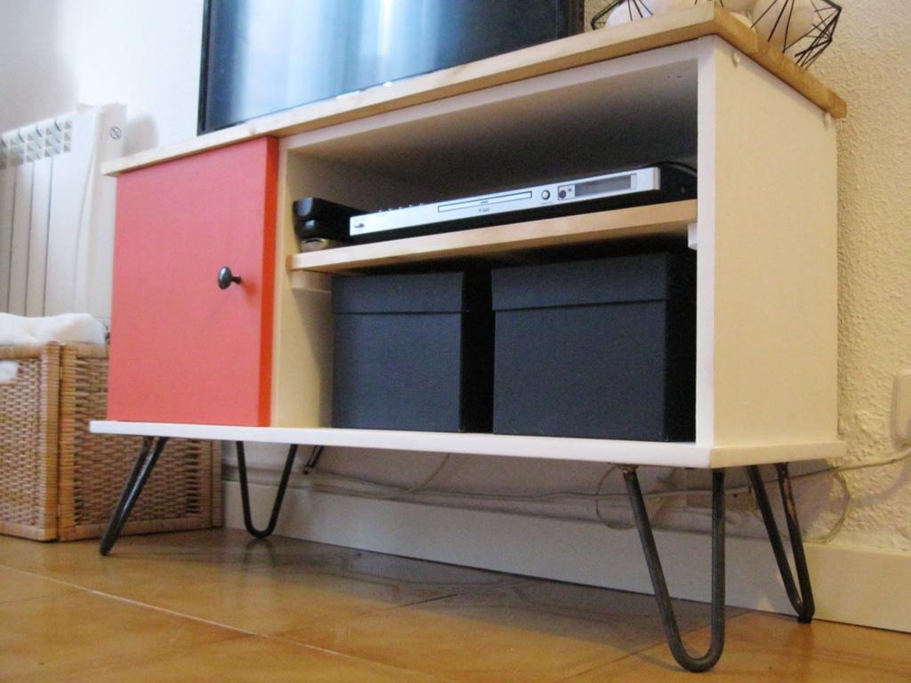 mueble tv hairpin mini