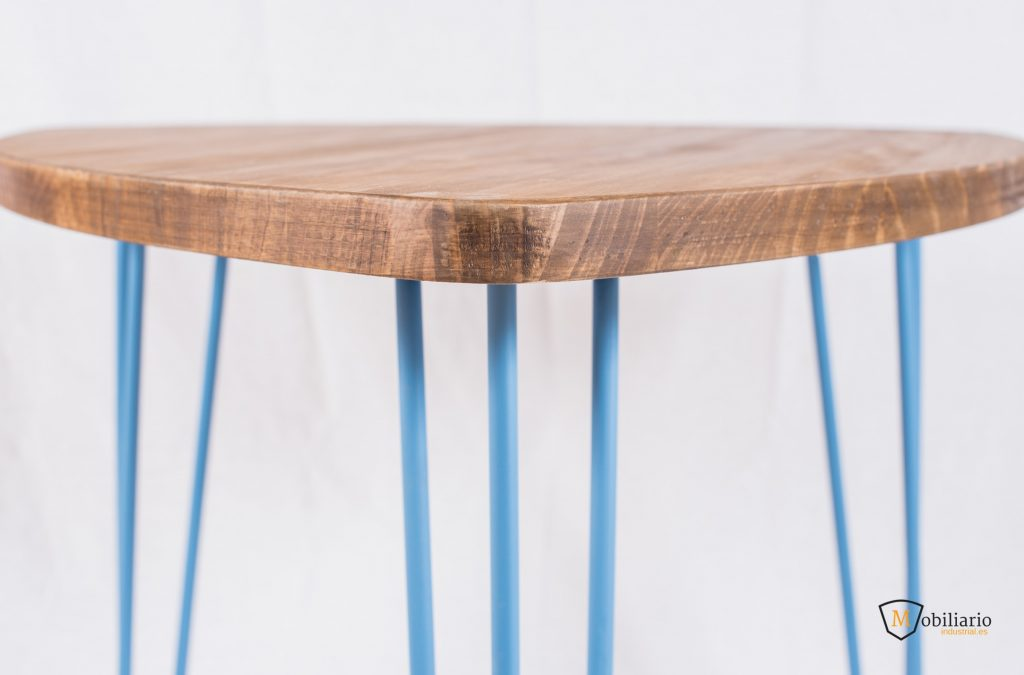 muebles con patas azules