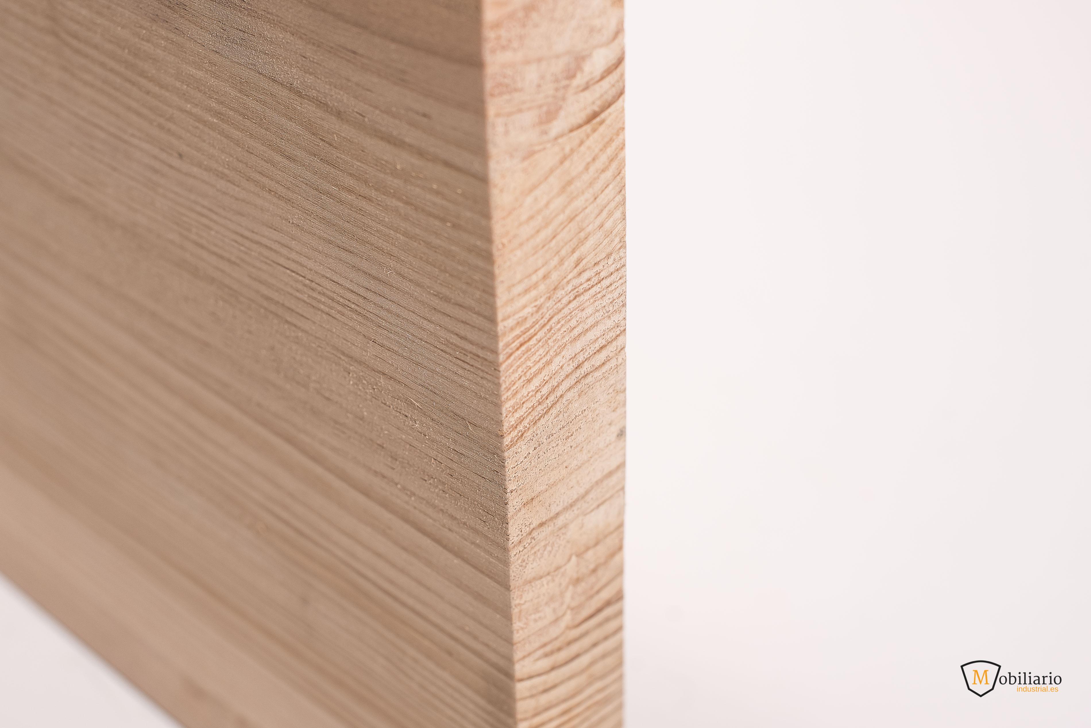 fabricar una mesa con madera maciza de pino