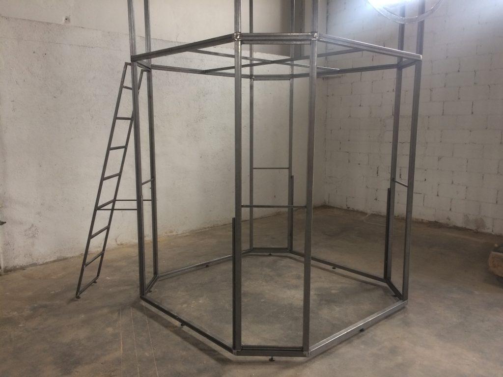 estructura del stand de diseño por Mobiliario Industrial