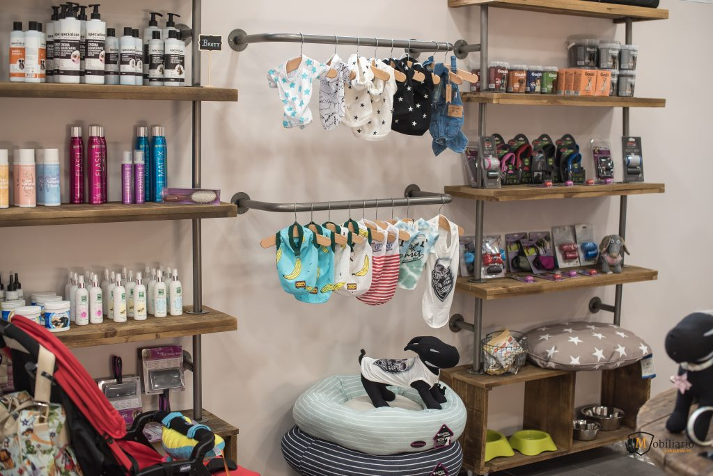 pared decoración mobiliario peluquería y boutique canina