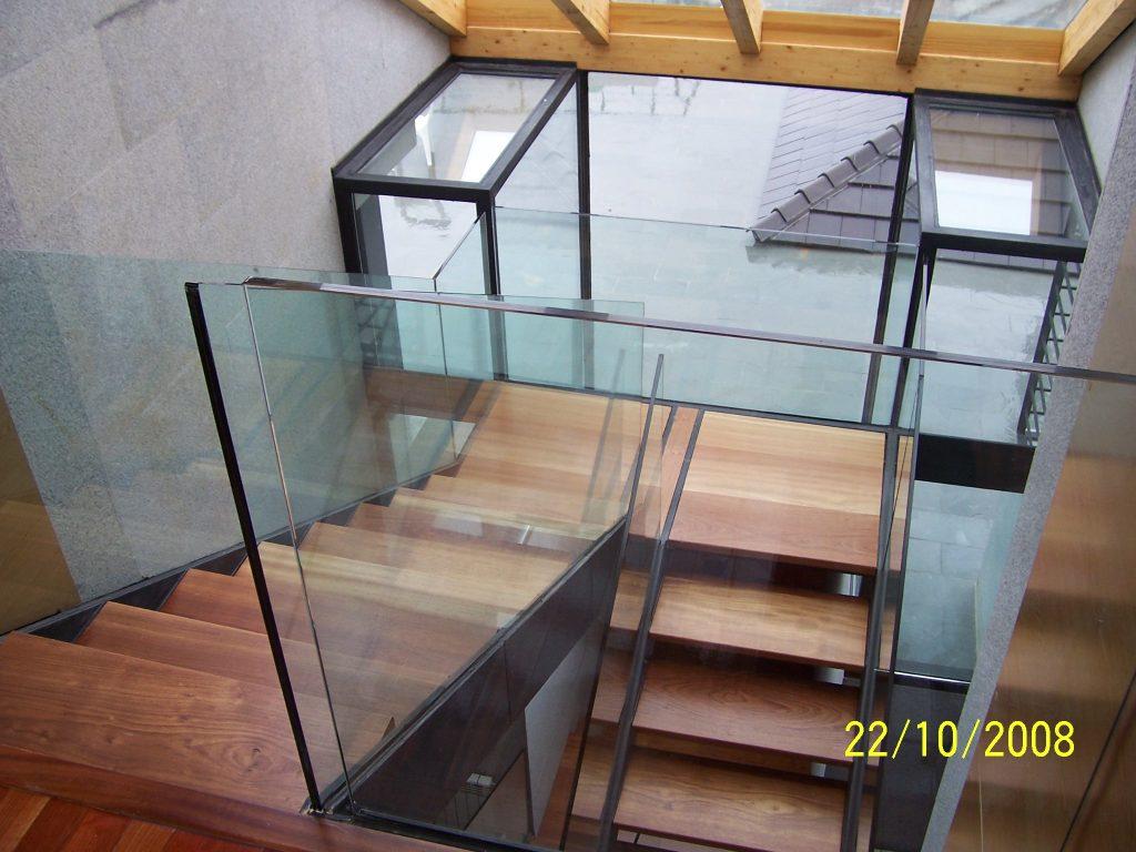 Escalera principal de la casa
