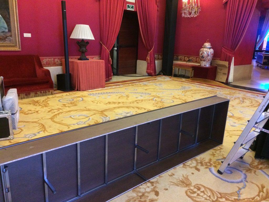 Mobiliario para eventos aniversario Jamones Joselito en el Teatro Real