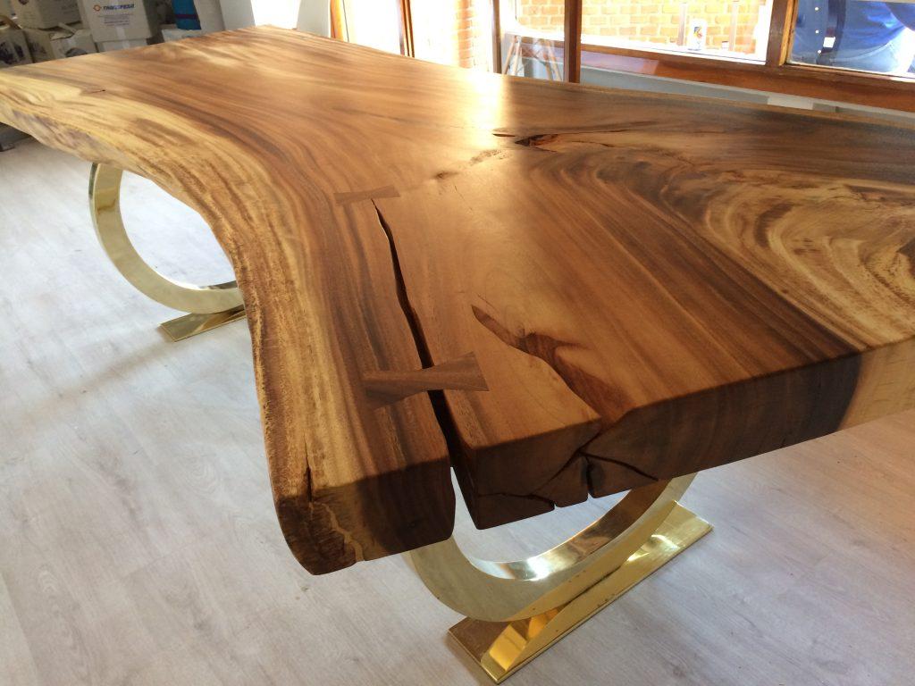 detalle mesa suar