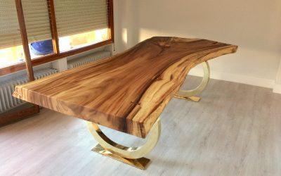 Mesa Suar. Diseño de lujo con la madera de suar