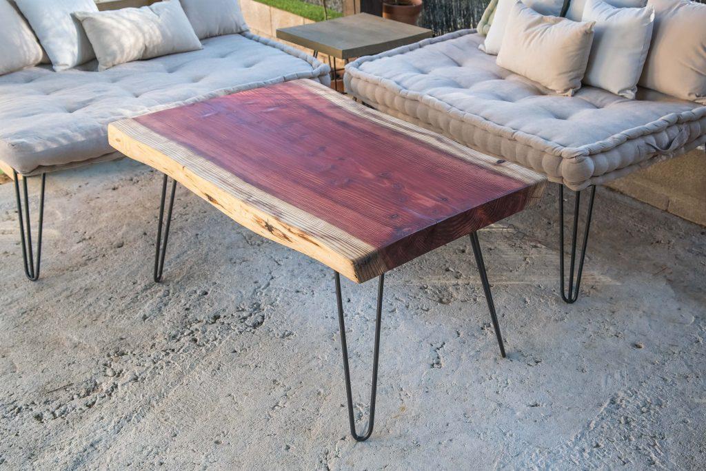 mesa de madera con patas hairpin legs