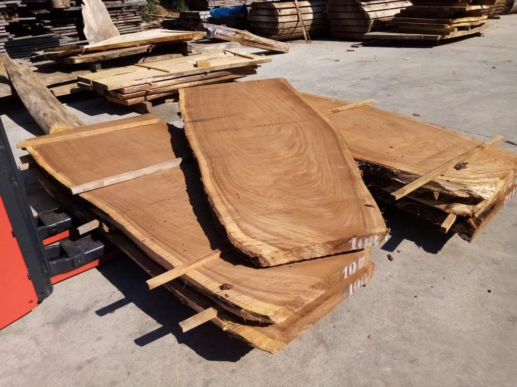 Madera Suar para fabricar mesas en Mobiliario Industrial