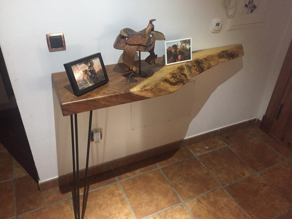 madera suar para entrada